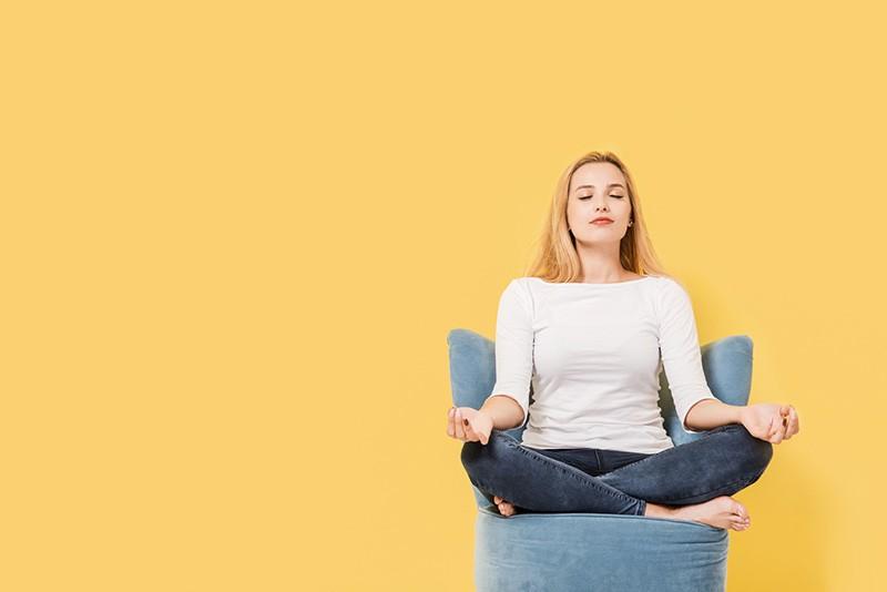 Ex-ciumenta meditando